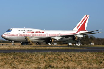 VT-EPX - Air India Boeing 747-300