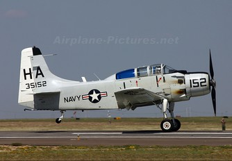 N65164 - Private Douglas EA-1E Skyraider