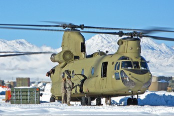 - - USA - Army Boeing CH-47F Chinook