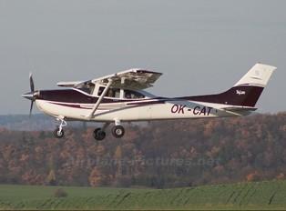 OK-CAT - Private Cessna 182 Skylane (all models except RG)