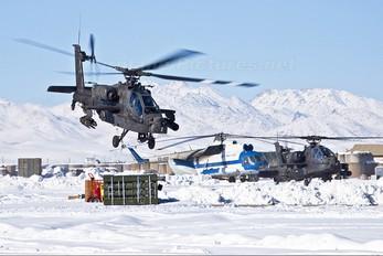 - - USA - Army Boeing AH-64 Apache