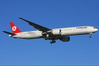 VT-JEE - Turkish Airlines Boeing 777-300ER