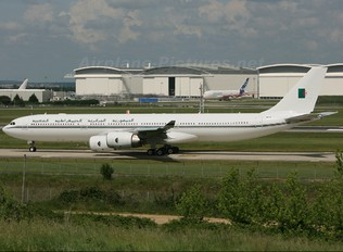 F-WWTM - Algeria - Air Force Airbus A340-500