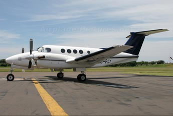 ZS-PLY - Private Beechcraft 200 King Air
