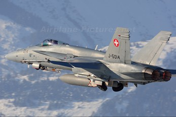 J-5014 - Switzerland - Air Force McDonnell Douglas F/A-18C Hornet
