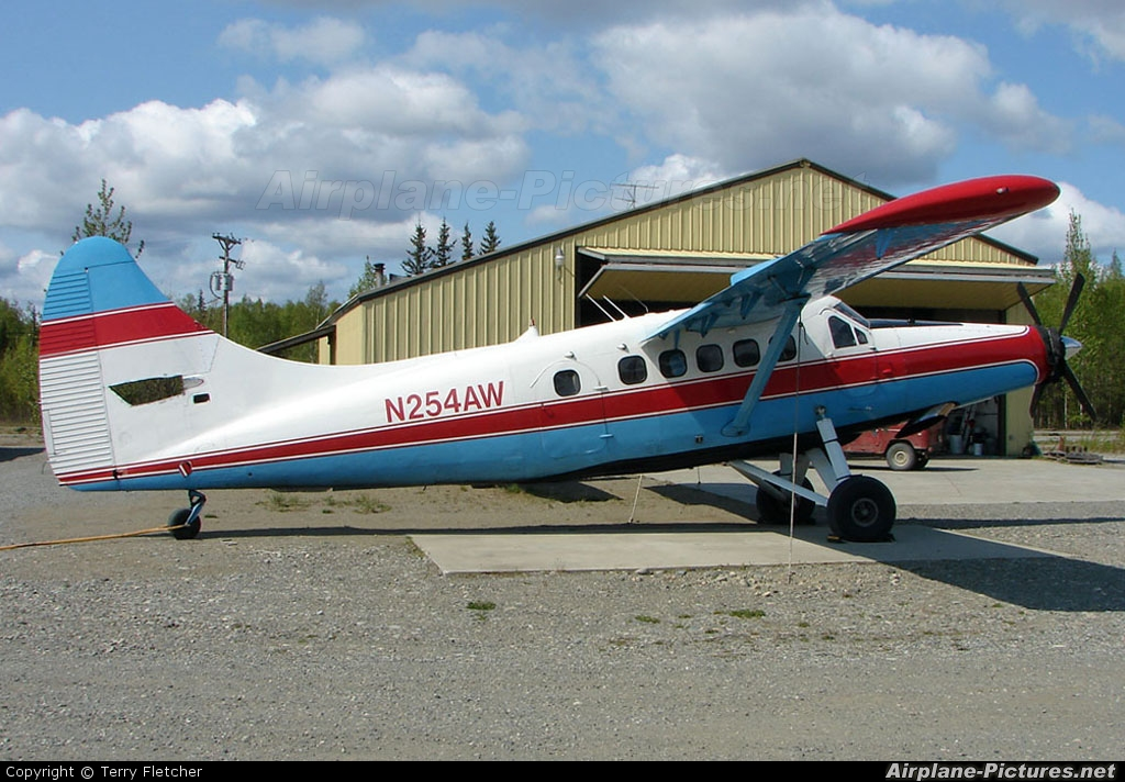 Private N254AW aircraft at Big Lake