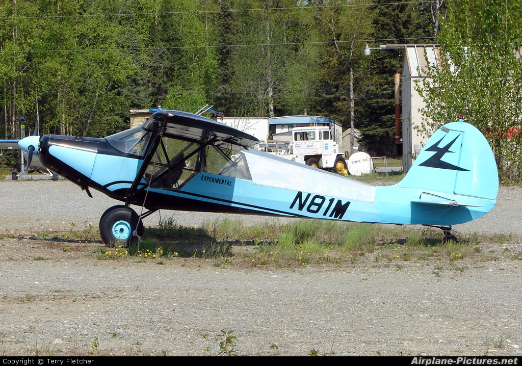 Private N81M aircraft at Big Lake