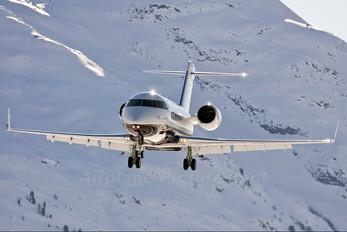 D-ASTS - ACM Air Charter Canadair CL-600 Challenger 604
