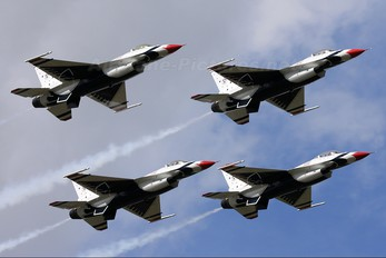 92-3890 - USA - Air Force : Thunderbirds General Dynamics F-16C Fighting Falcon