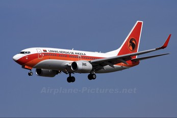 D2-TBH - TAAG - Angola Airlines Boeing 737-700