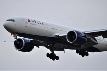 N707DN - Delta Air Lines Boeing 777-200LR