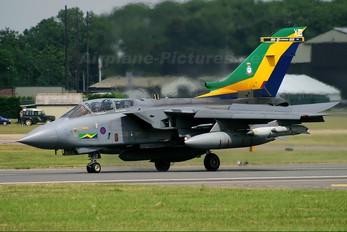 ZA401 - Royal Air Force Panavia Tornado GR.4 / 4A