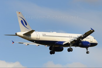 D-ANNE - Blue Wings Airbus A320