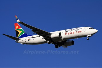 SZ-SJM - South African Airways Boeing 737-800