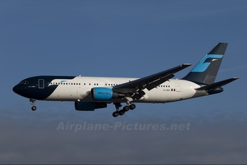 XA-MXO - Mexicana Boeing 767-200ER