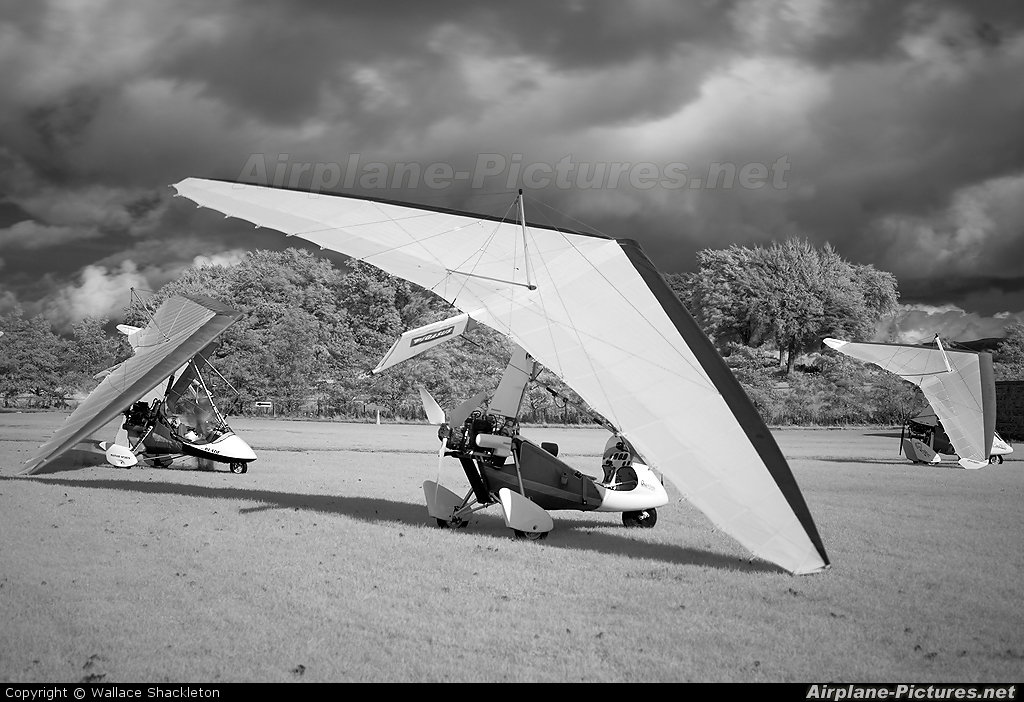 Private G-MYRZ aircraft at Balado Park