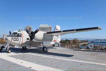 150909 - USA - Navy Grumman C-1A Trader