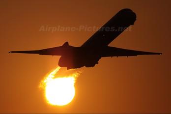 HZ-APP - Saudi Arabian Airlines McDonnell Douglas MD-90