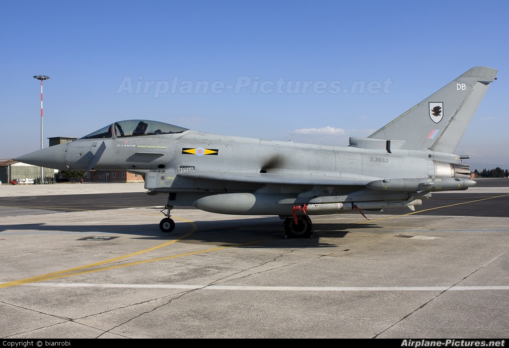 Royal Air Force ZJ932 aircraft at Verona - Villafranca
