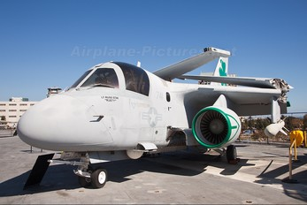 159766 - USA - Navy Lockheed S-3 Viking