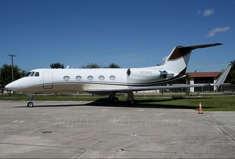 N338CL - Private Gulfstream Aerospace G-II