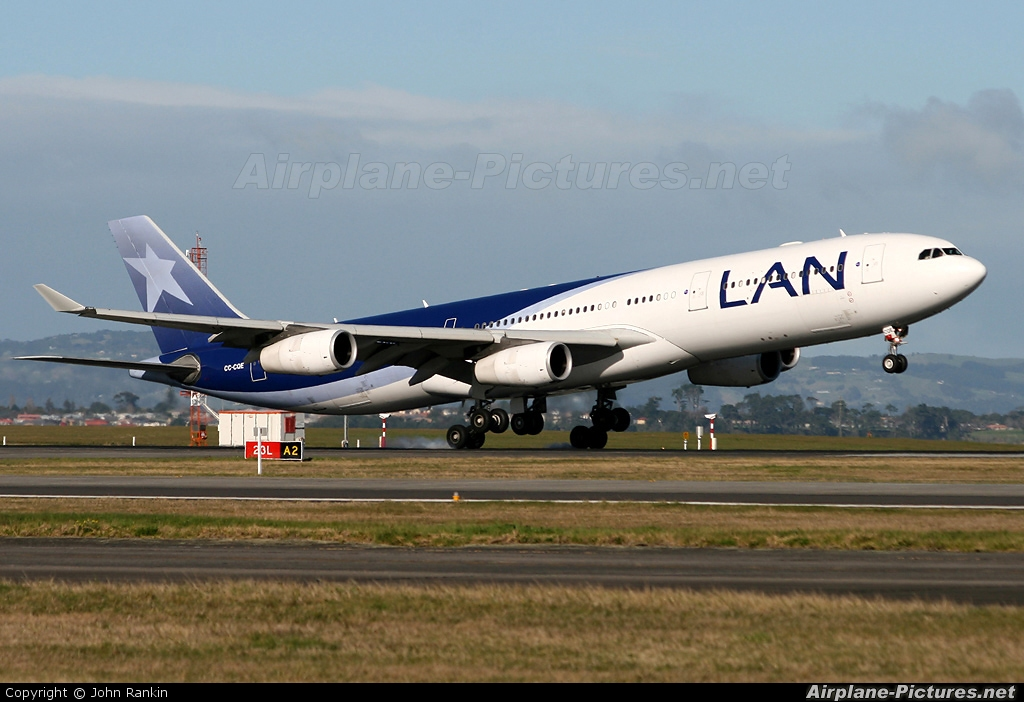 LAN Airlines CC-CQE aircraft at Auckland Intl