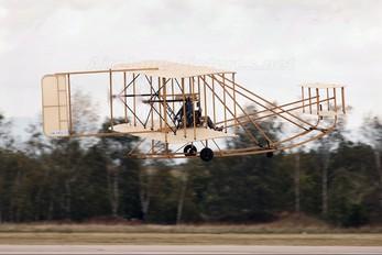 OK-OUL51 - Letajici Cirkus Wright Brothers Wright Flyer