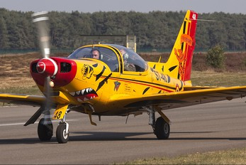 "ST-48 - Belgium - Air Force ""Hardship Red"" SIAI-Marchetti SF-260"