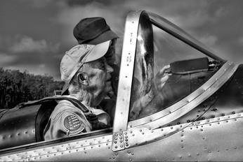 - - Private de Havilland Canada DHC-1 Chipmunk