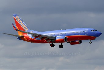 N474WN - Southwest Airlines Boeing 737-700