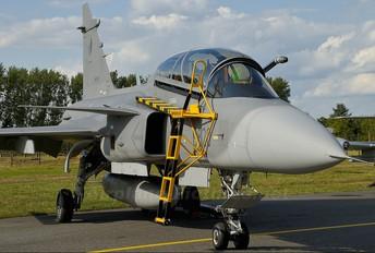 9820 - Czech - Air Force SAAB JAS 39D Gripen