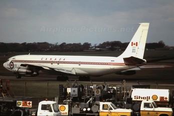 13701 - Canada - Air Force Boeing CC-137