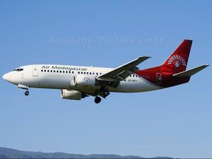 5R-MFH - Air Madagascar Boeing 737-300
