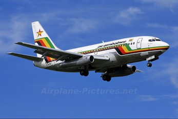 Z-WPB - Air Zimbabwe Boeing 737-200
