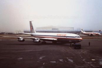 N8438 - American Airlines Boeing 707-300