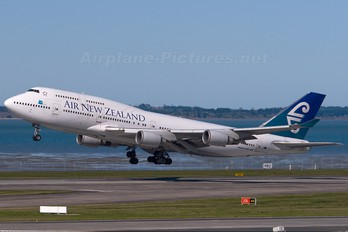 ZK-SUH - Air New Zealand Boeing 747-400