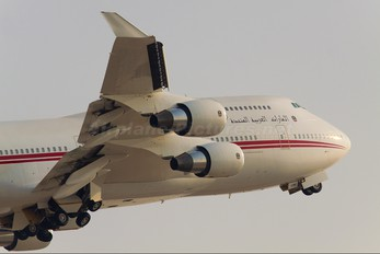 A6-COM - United Arab Emirates - Government Boeing 747-400