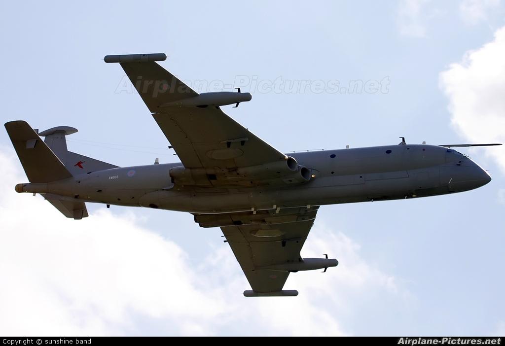 Royal Air Force XW665 aircraft at Waddington