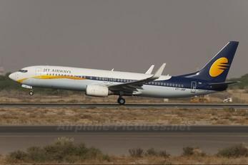 VT-JGF - Jet Airways Boeing 737-800