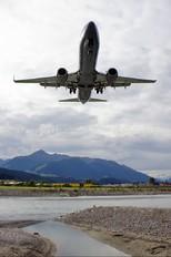 OE-LNJ - Lauda Air Boeing 737-800