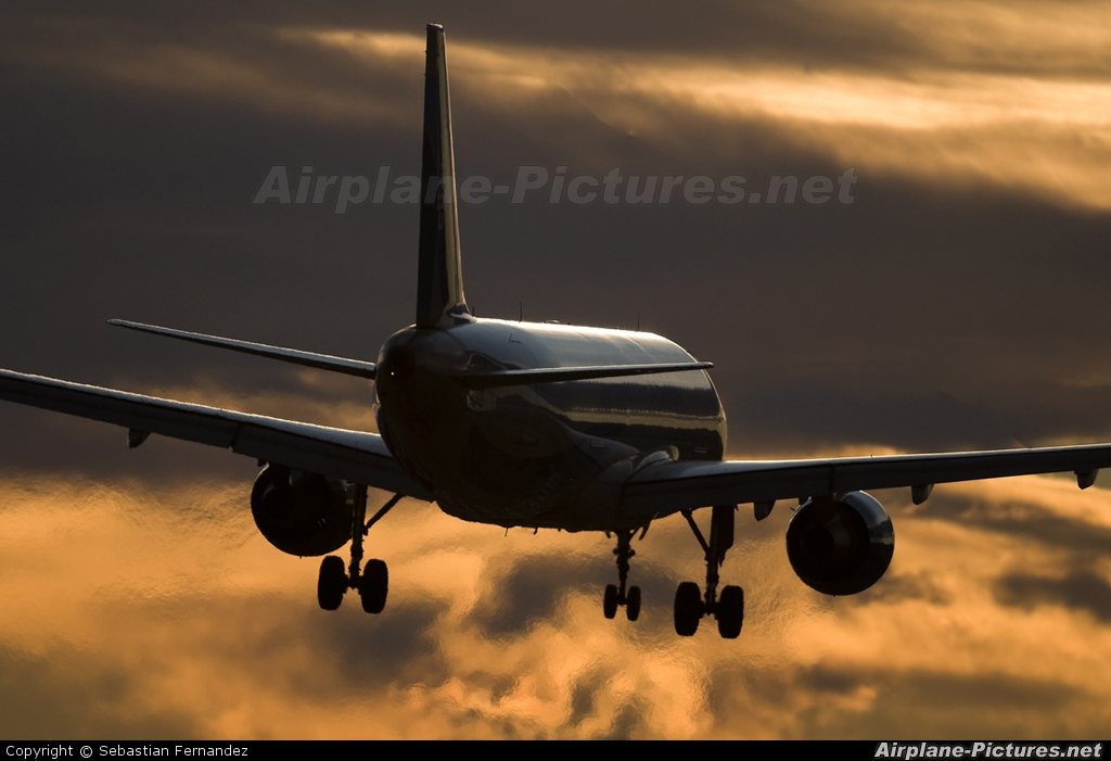 Clickair EC-ICT aircraft at Barcelona - El Prat
