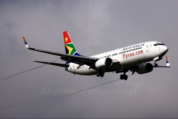 ZS-SJE - South African Airways Boeing 737-800