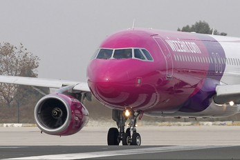 HA-LPV - Wizz Air Airbus A320