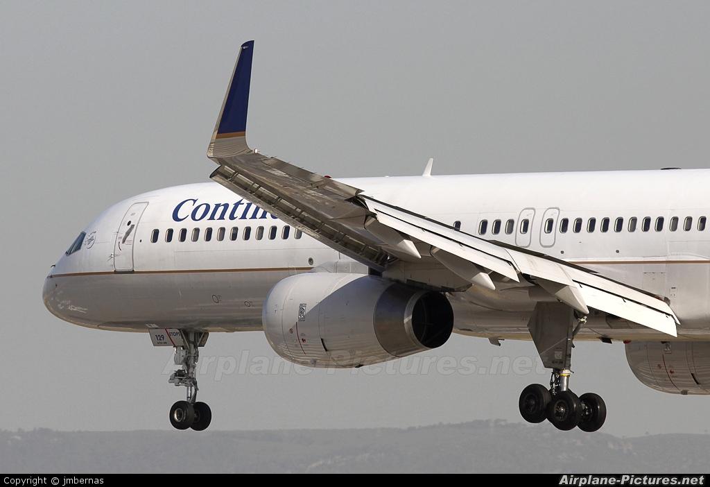 Continental Airlines N29129 aircraft at Barcelona - El Prat