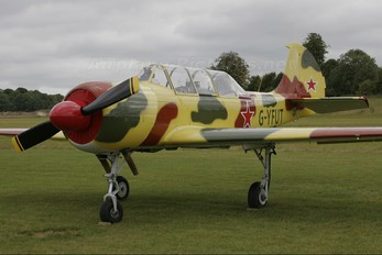 G-YFUT - Private Bacau Yak-52