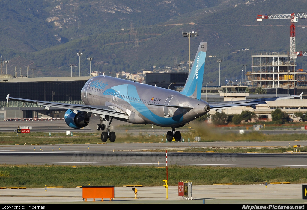 Clickair EC-ICS aircraft at Barcelona - El Prat