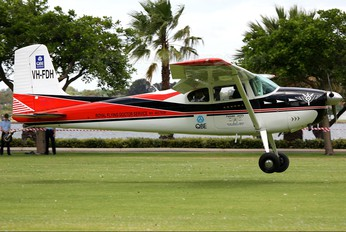 VH-FDH - Private Cessna 180 Skywagon (all models)