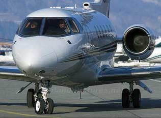 CS-DRC - NetJets Europe (Portugal) Hawker Beechcraft 800XP