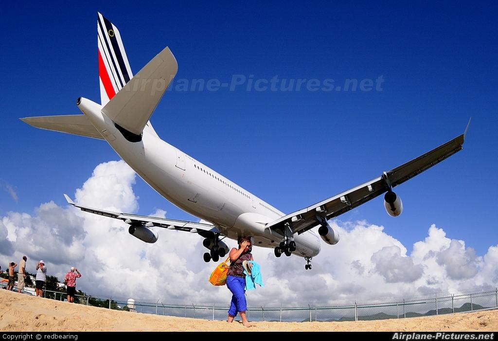 Air France F-GLZJ aircraft at Sint Maarten - Princess Juliana Intl