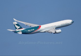 B-LAD - Cathay Pacific Airbus A330-300